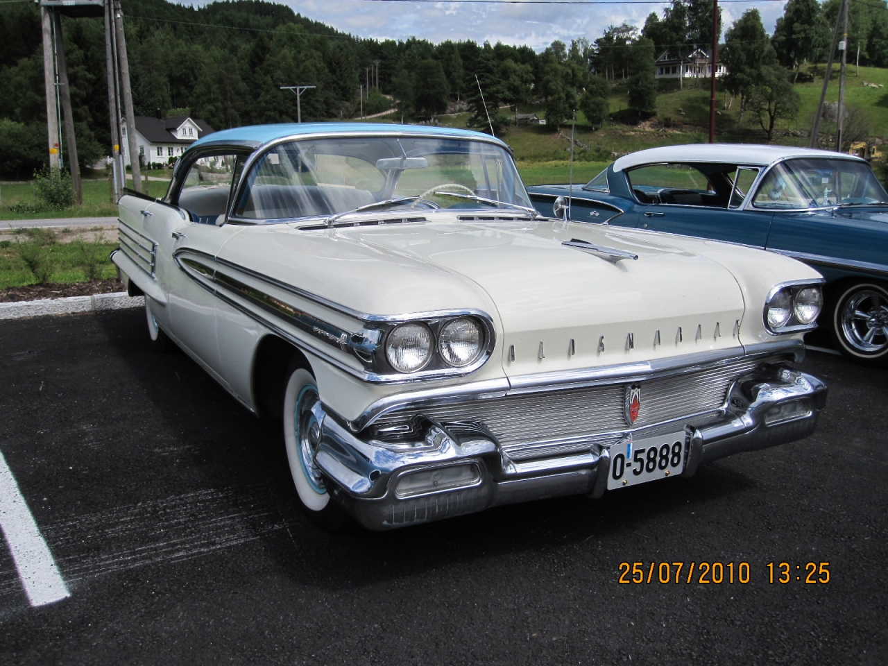 Kenneths_1958_Oldsmobile_Super_88_006