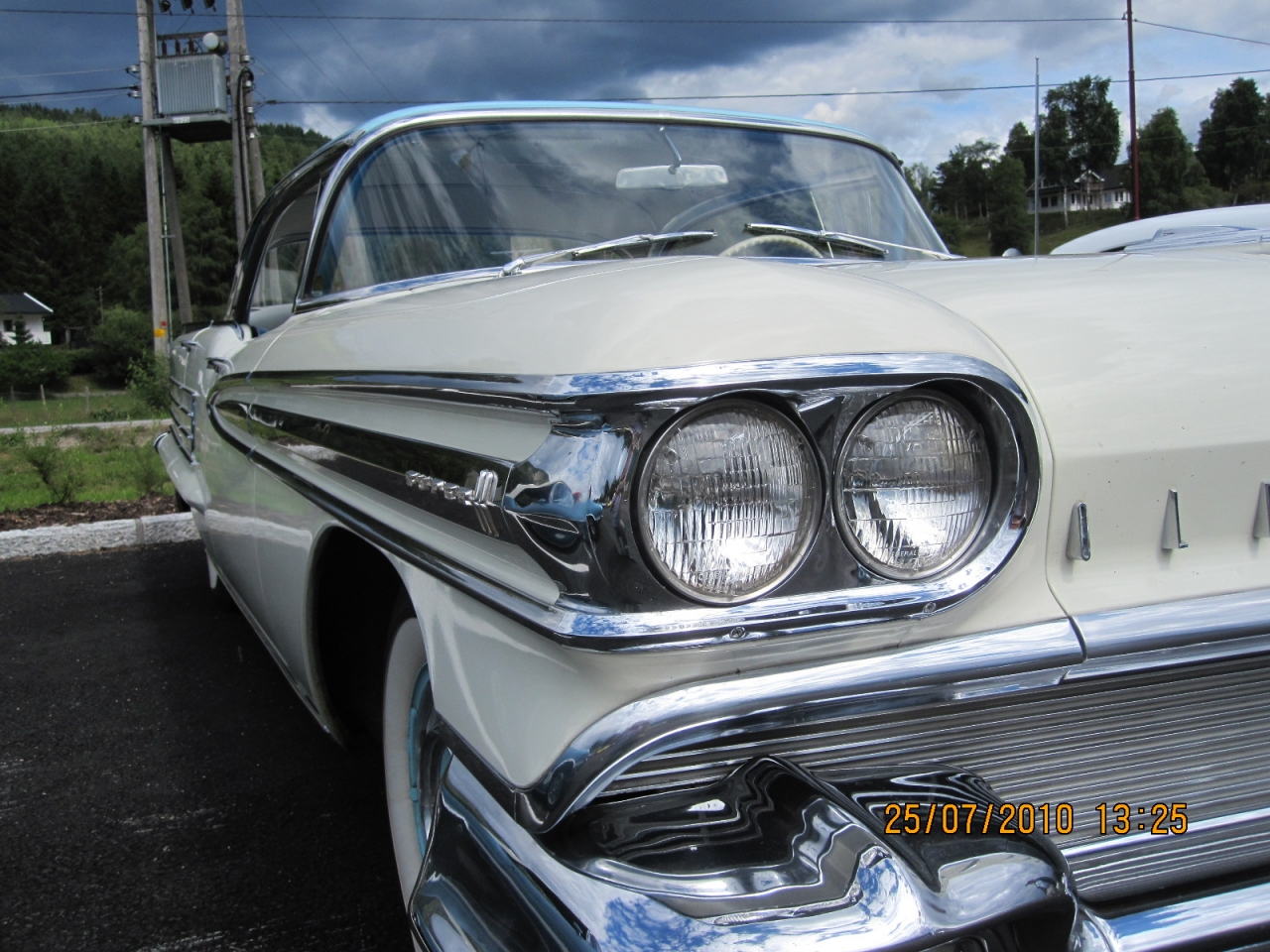 Kenneths_1958_Oldsmobile_Super_88_007