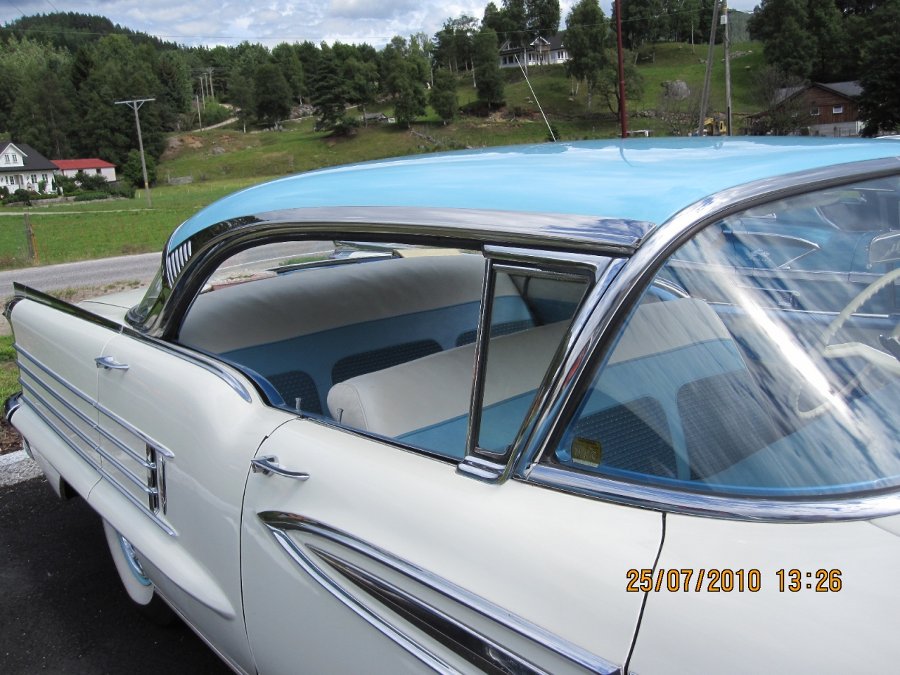 Kenneths_1958_Oldsmobile_Super_88_008