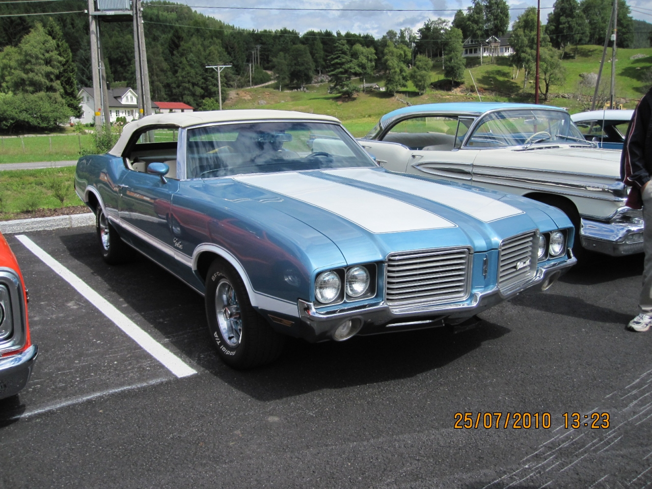 Kenneths_1971_Cutlass_001